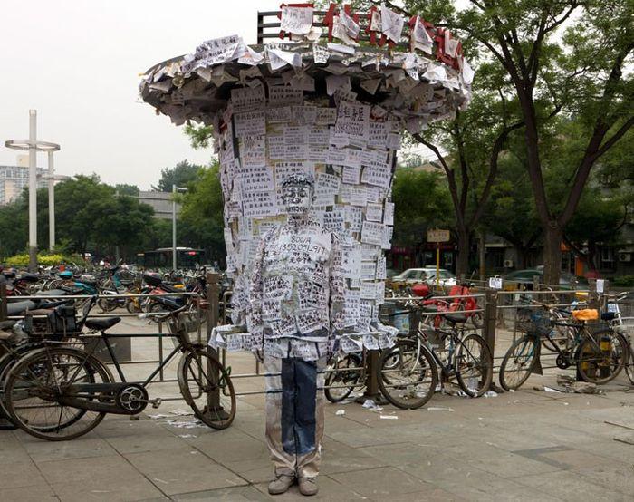 The Invisible Man Liu Bolin. Hiding in New York