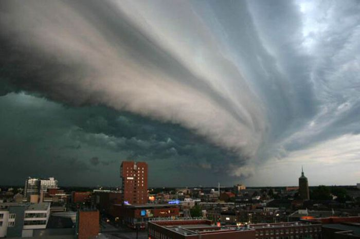 Incredible Cloud Formation Photography