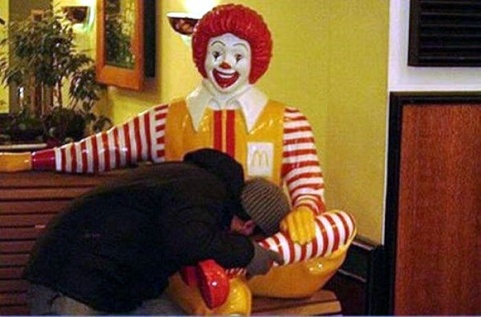 Clown Ronald Makes People Do Nasty Things Fun
