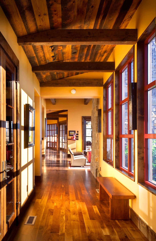 Stock Farm Residence - a modern farmhouse by Locati Architects