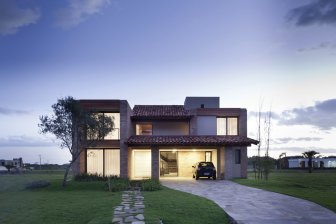 Casa CKN - beach house of the Giugliani Montero Arquitectos