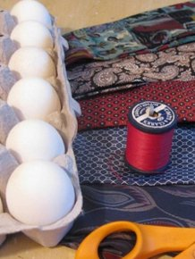 Easy Way to Color Easter Eggs Using Old Ties