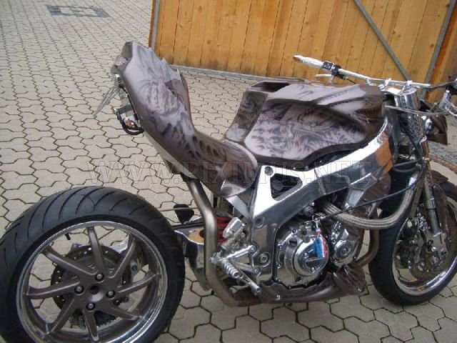 Streetfighter Style Bikes