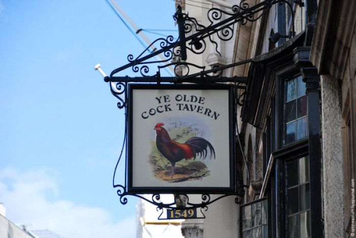 Signs of British Pubs