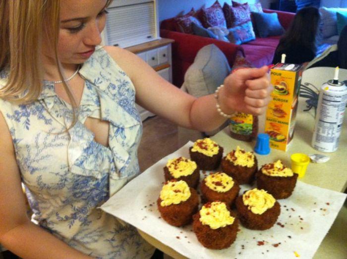Macaroni and Cheese Cupcakes