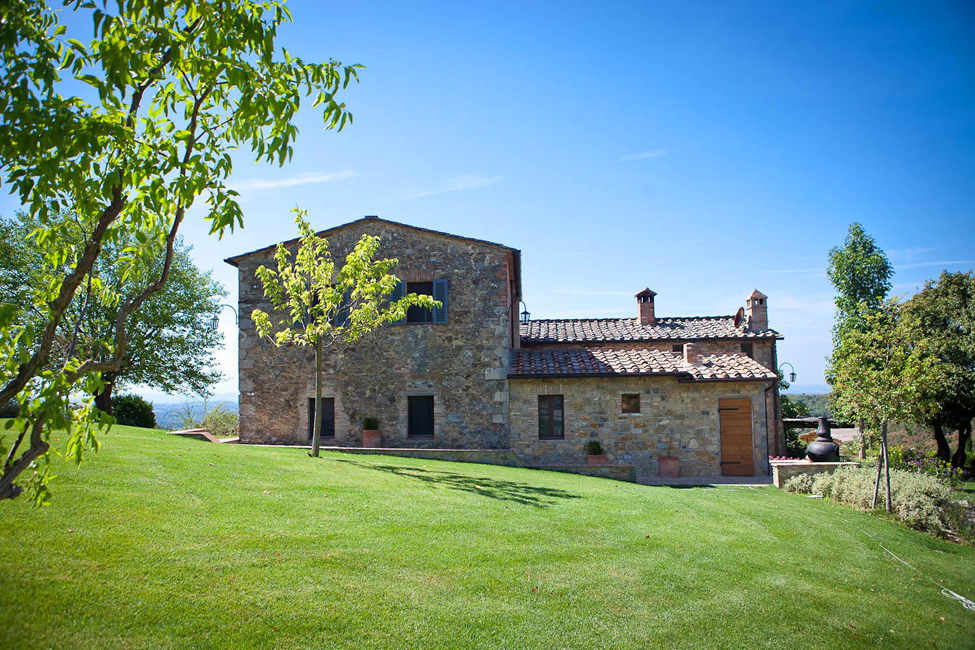 Borgo La Stella - an old Italian villa with a modern twist