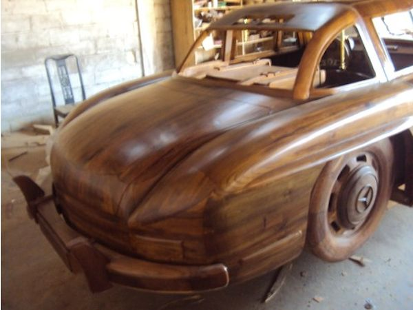 Mercedes-Benz 300SL Gullwing from wood