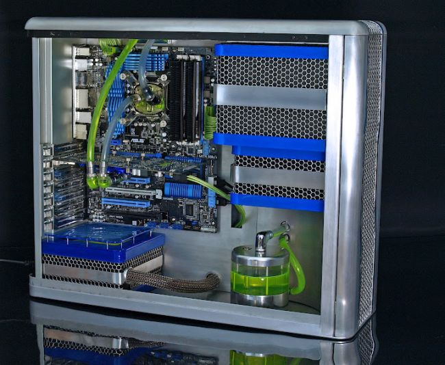 Awesome Fully Handmade PC Modding