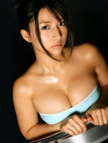 The 20 Hottest Photos of Nina Minami