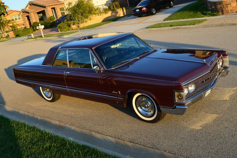 Imperial Crown Coupe 1967, part 1967