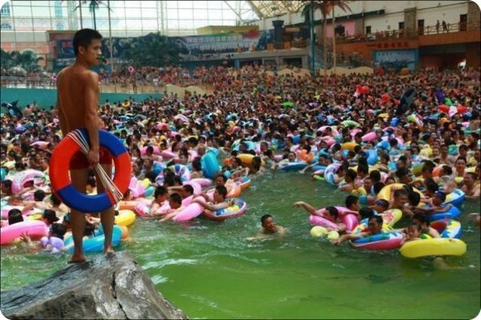 Overcrowded Water Park in China