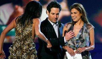 Rosario Dawson Grabs Paul Rudd's Privates