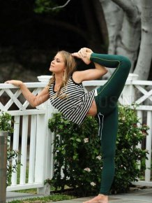 Carmen Electra practicing yoga
