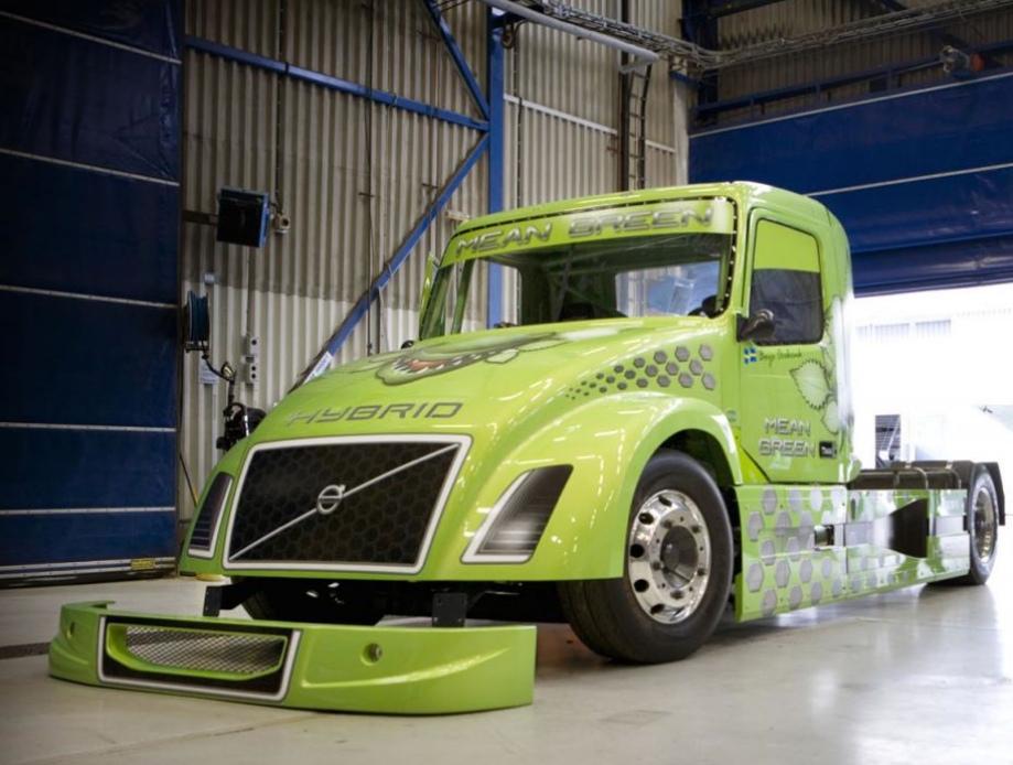 2100hp Volvo hybrid truck