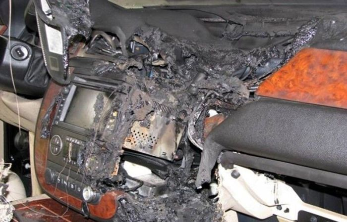 GPS Battery Explosion | Vehicles