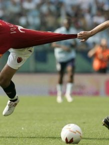 Awesome Perfectly Timed Sports Photos
