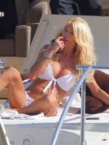 Victoria Silvstedt's big breasts