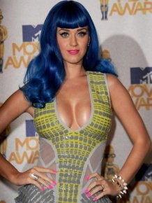 Katy Perry on MTV Movie Awards