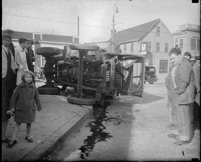 Boston Car Crashes in the 30s