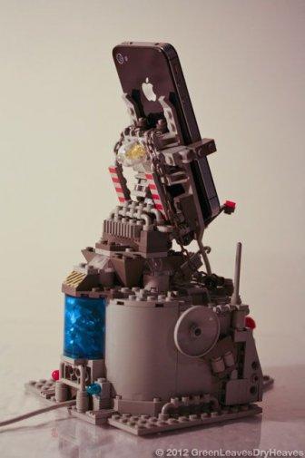 Lego iPhone Docking Rig
