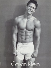 Shirtless Pictures Of Mark Wahlberg