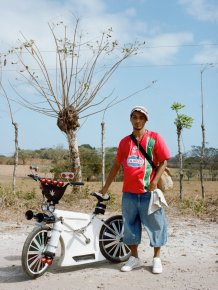 Priti Baiks - photo project for Panamanian bikers