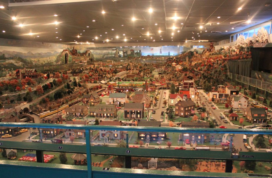 Roadside America - miniature village
