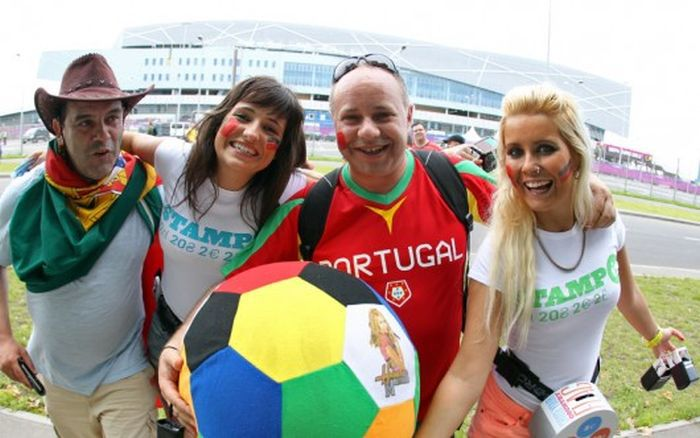 Euro 2012's Gorgeous Female Fans