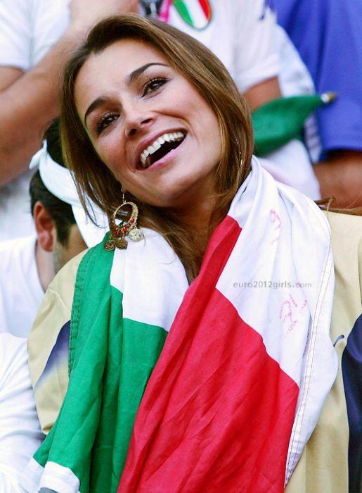 Euro 2012's Gorgeous Female Fans