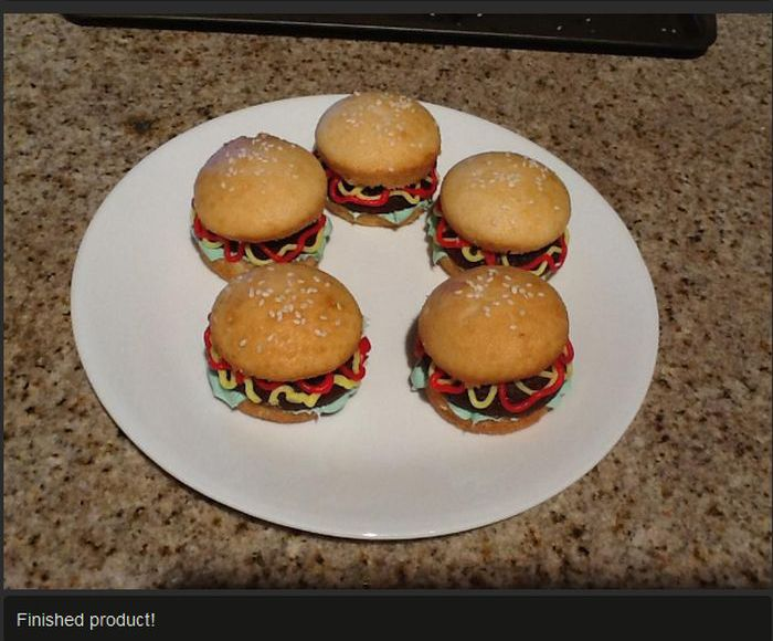 Hamburger Cupcakes!