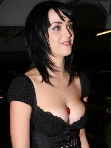 Sexy Photos of Katy Perry