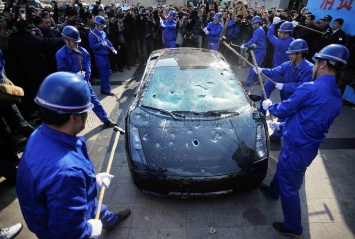 Lamborghini Driver On Destructive Path Vehicles