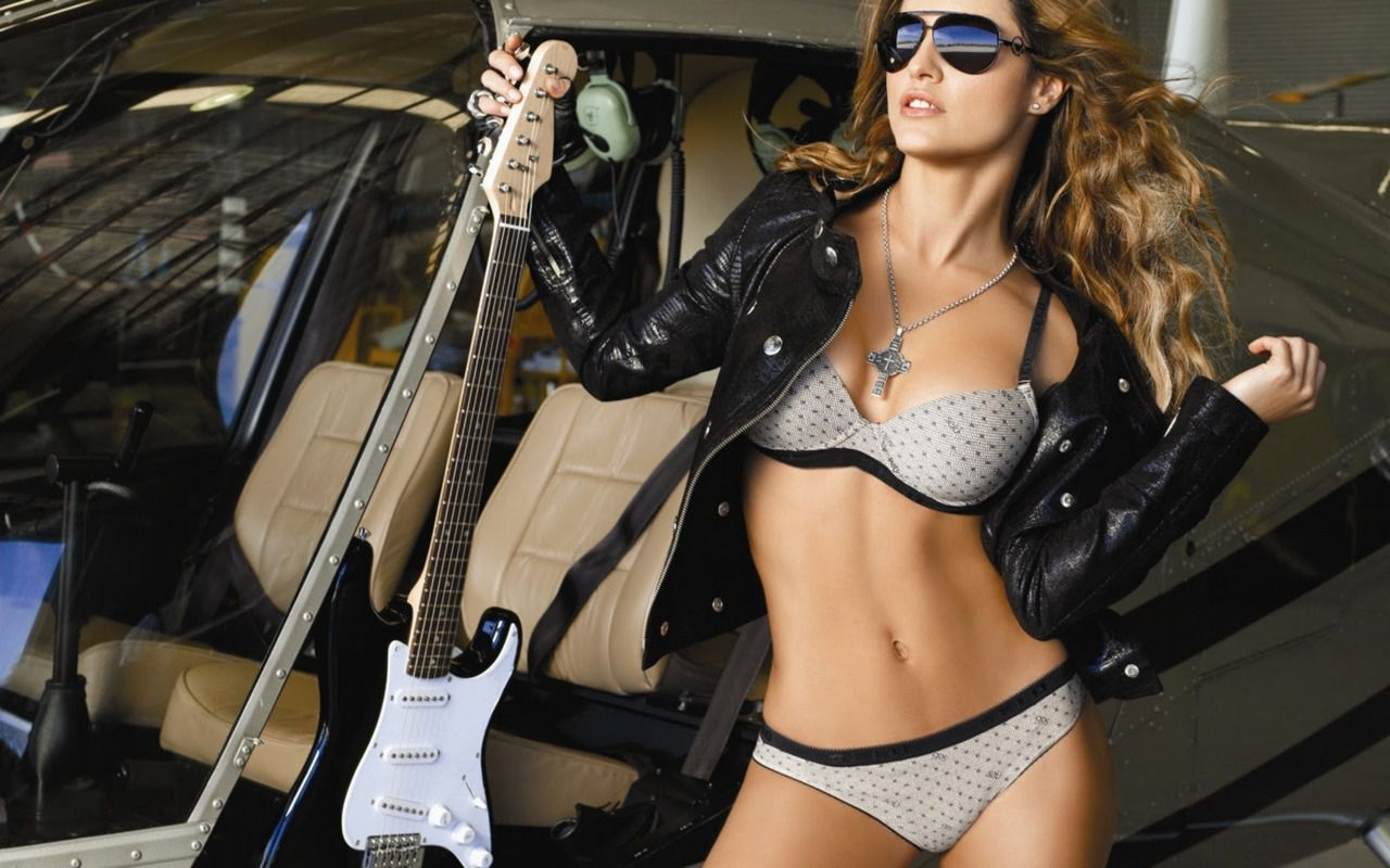 Hot guitar girls