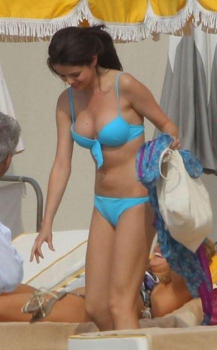 Selena Gomez Monte Carlo Bikini Pictures