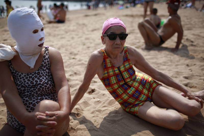 Meanwhile on Chinese Beaches