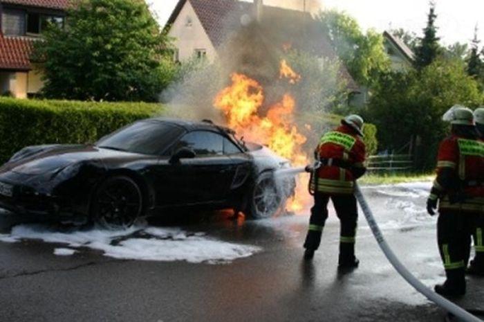 Sport Cars on Fire