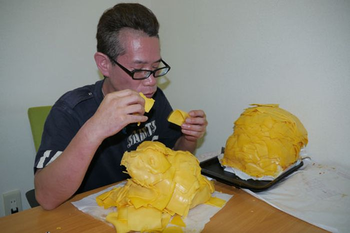 Hamburger with 1000 Slices of Cheese