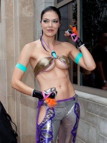 Adrianne Curry's super sexy cosplay outfit