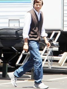 Ashton Kutcher On Set As Steve Jobs