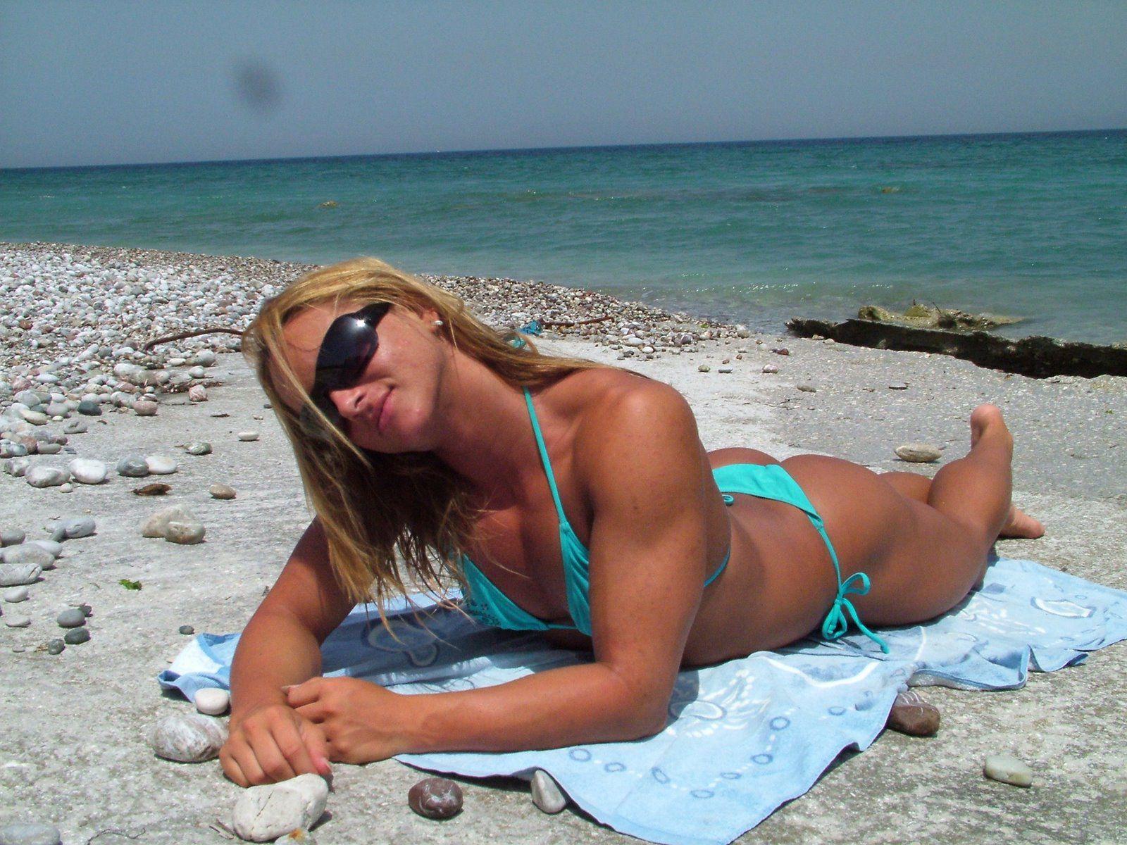 Частные фото пляж, Частное фото девушек на пляже 12 фотография