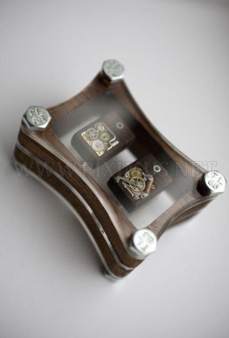 Cool Steampunk USB Cufflinks