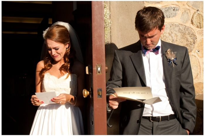 Reading Each Other's Wedding Speeches. Man vs Woman