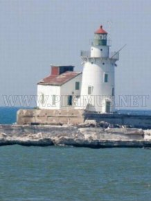 Lighthouse Becomes Icehouse