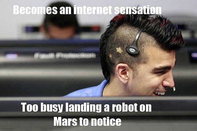 Internet Salutes Mars Rover Landing