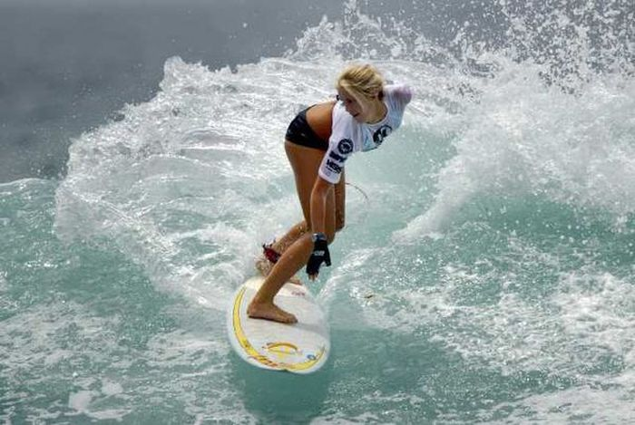 One-Armed Surfer Bethany Hamilton