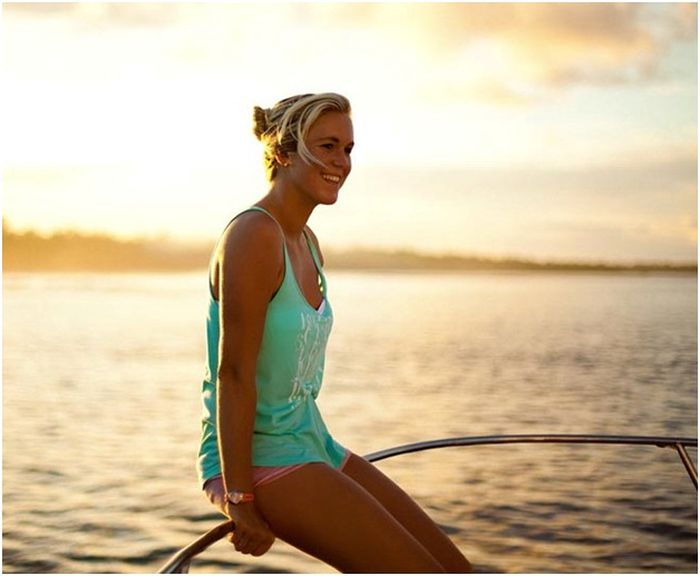 One Armed Surfer Bethany Hamilton Others