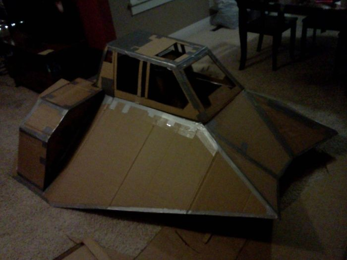 Cardboard Snow Speeder for Downhill Race