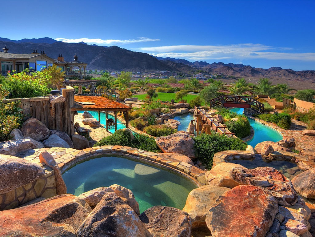 astonishing mansion in nevada others