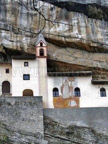 Hermitage of San Colombano