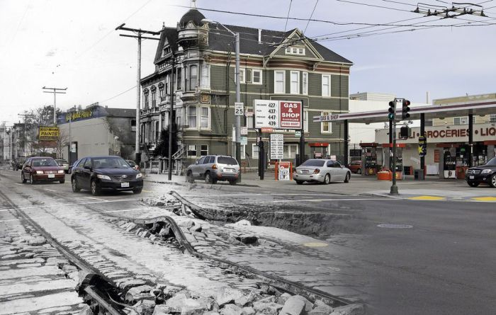 San Francisco after the Earthquake of 1906 and Now